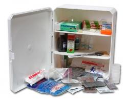 Аптечка для предприятий торговли и питания на 100 человек, два пластиковых шкафа